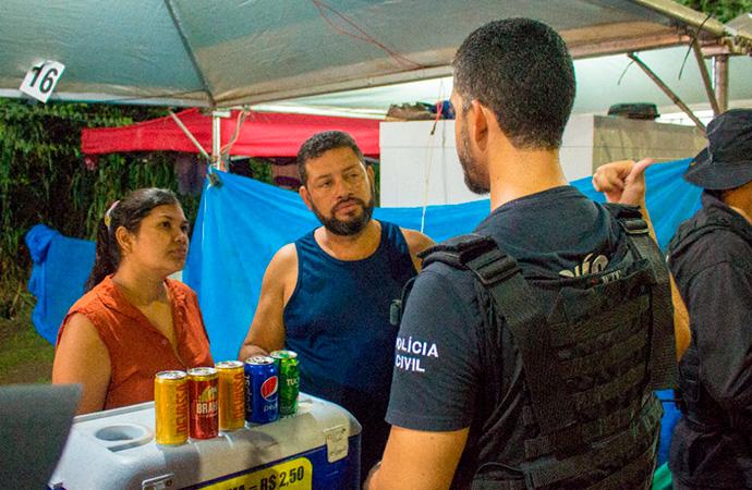 Operação prende quatro pessoas e retira 15 menores do Carnaval de Santana