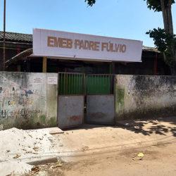 Por falta de água, alunos são liberados mais cedo e escola fica 'abandonada'