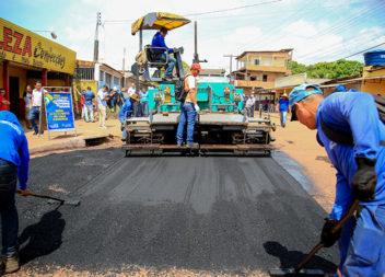 Governo inicia pavimentação de mais 38 km de vias em Santana