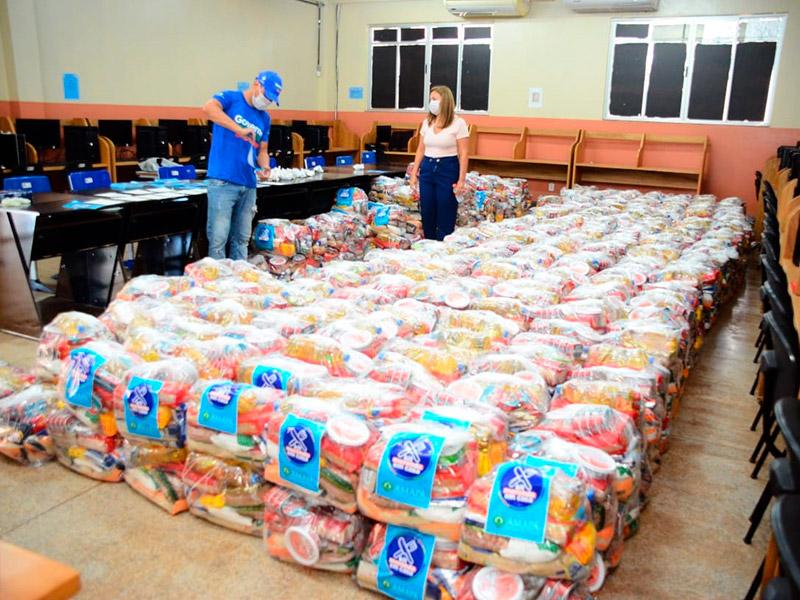 Estudantes começam a receber kits de alimentos na segunda, 20