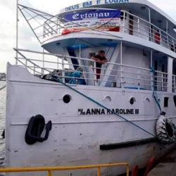 Governo do Amapá contrata empresa para retirar navio naufragado