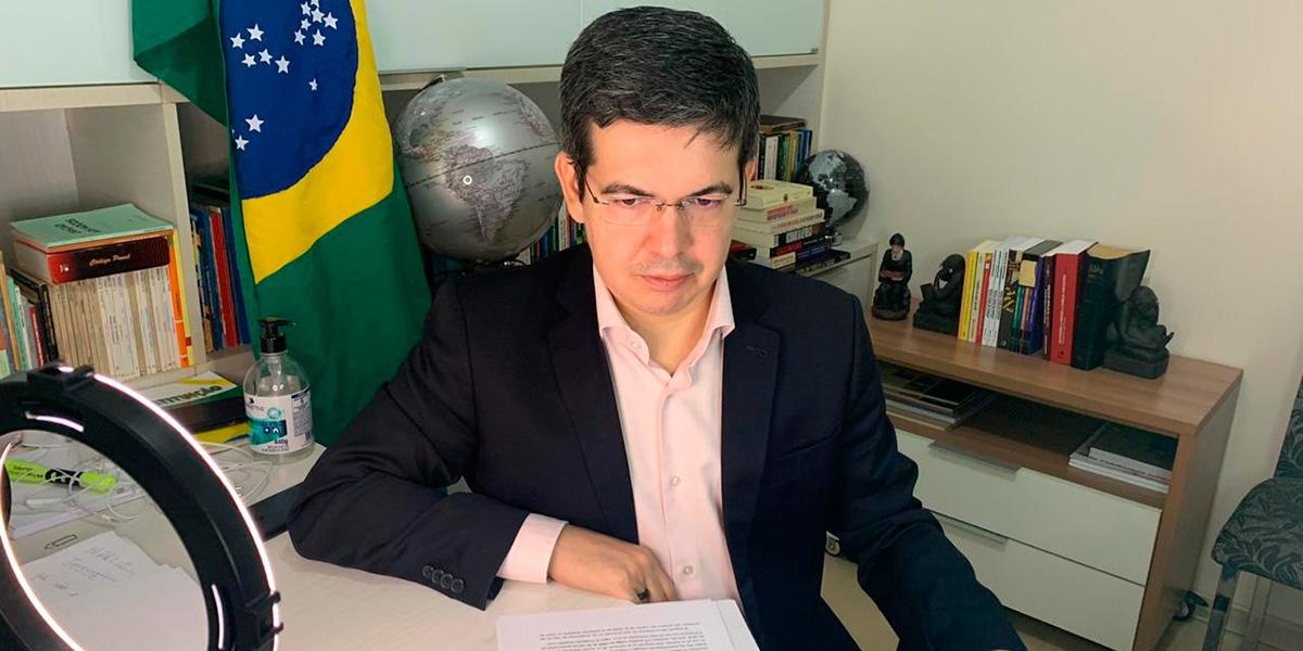 Randolfe propõe criação de delegacia especializada no combate à corrupção no AP