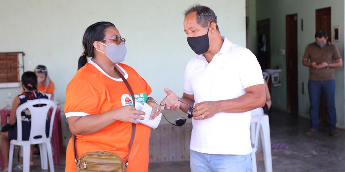 Vereador Adelson Rocha alerta para uso eleitoreiro do programa Alimenta Santana