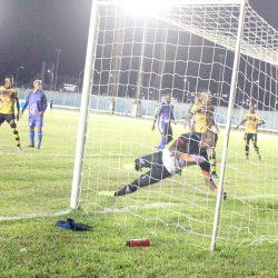 Santana goleia o Macapá e se garante nas semifinais do Amapazão