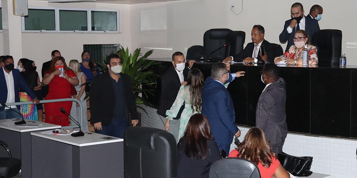 Justiça suspende eleição da mesa diretora da Câmara Municipal de Santana