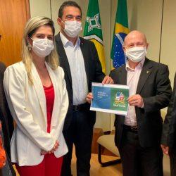 Com cartilha de projetos em mãos, Bala Rocha vai atrás de recursos em Brasília