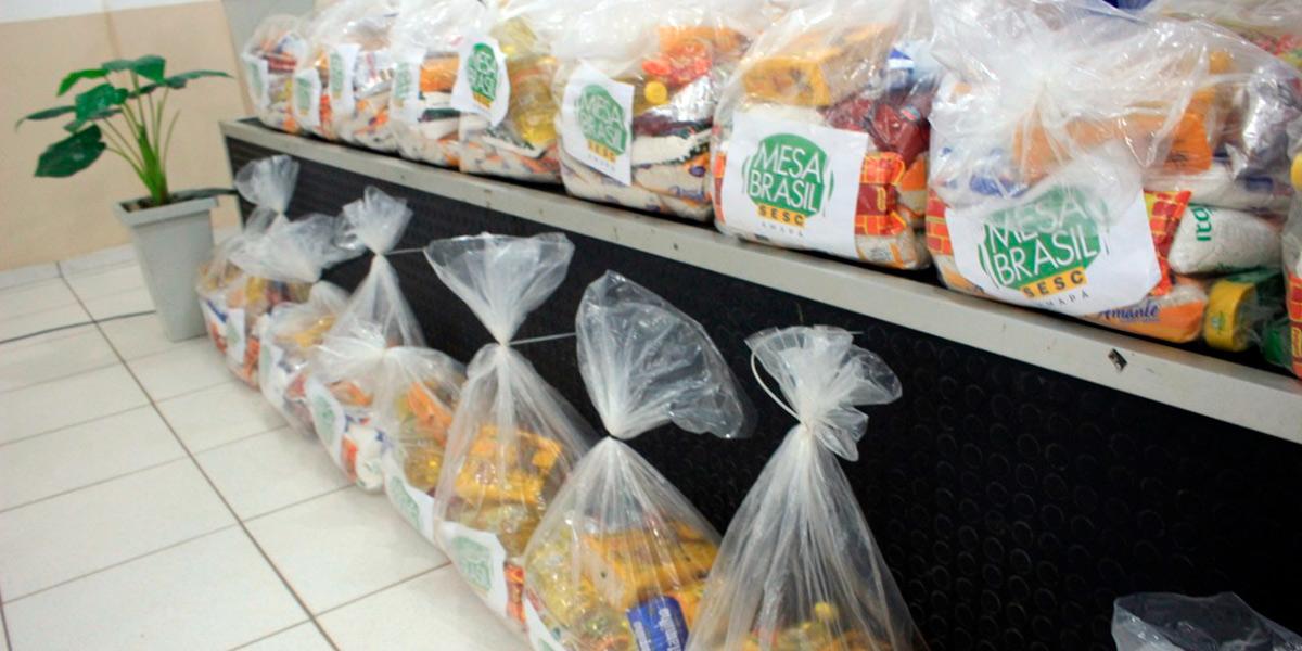 Parceria vai atender 300 famílias santanenses com cestas de alimentos