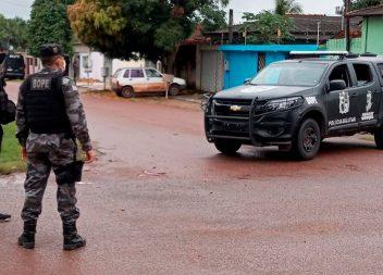 Família é feita refém após roubo frustrado pela Polícia Militar