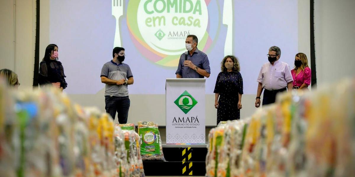 Governo entrega cestas de alimentos para empreendedores