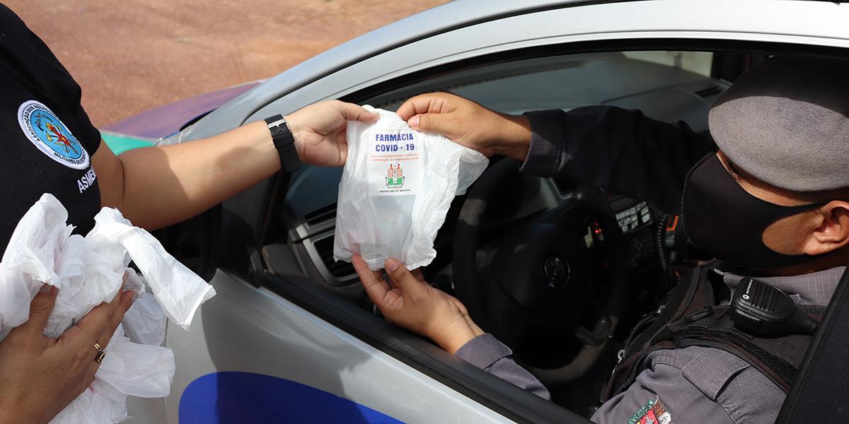 Ação distribui complexos vitamínicos para policiais e bombeiros militares