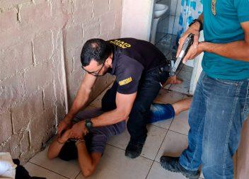 Motorista suspeito de matar cozinheira atropelada é preso em Oiapoque