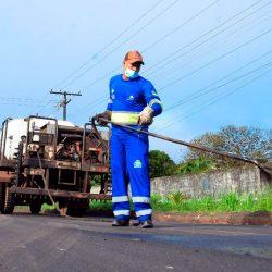 Governo intensifica obras de pavimentação em Santana
